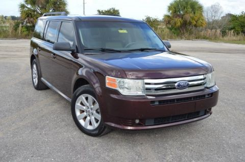 Pre-Owned 2009 Ford Flex SE